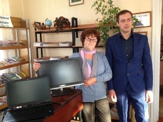 Депутат Брянской областной Думы Иванов Игорь Игоревич вручил подарок от областной Думы